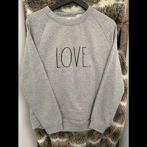 New ⭐️⭐️ Rae Dunn sweater 😍